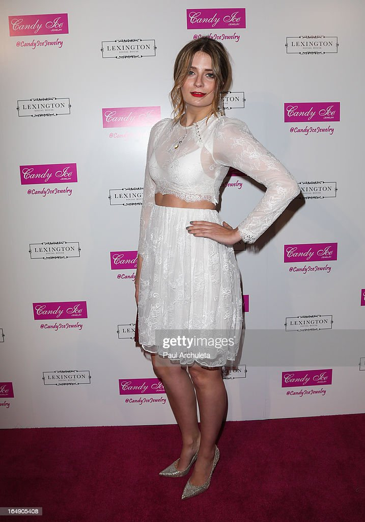Actress Mischa Barton attends the Fire & Ice Gala Benefiting Fresh2o at the Lexington Social House on March 28, 2013 in Hollywood, California.