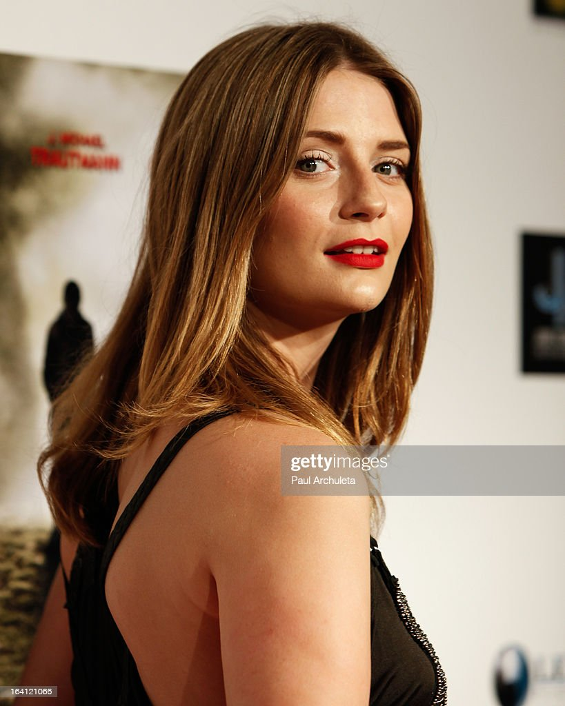 Actress <a gi-track='captionPersonalityLinkClicked' href=/galleries/search?phrase=Mischa+Barton&family=editorial&specificpeople=201862 ng-click='$event.stopPropagation()'>Mischa Barton</a> attends the Los Angeles premiere of 'A Resurrection' at the ArcLight Sherman Oaks on March 19, 2013 in Sherman Oaks, California.