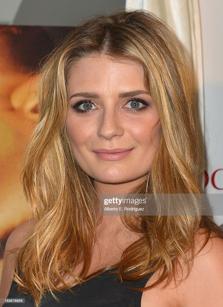 Actress <a gi-track='captionPersonalityLinkClicked' href=/galleries/search?phrase=Mischa+Barton&family=editorial&specificpeople=201862 ng-click='$event.stopPropagation()'>Mischa Barton</a> attends the premiere of Epic Pictures' 'I Will Follow You Into The Dark' at the Landmark Theater on October 8, 2013 in Los Angeles, California.