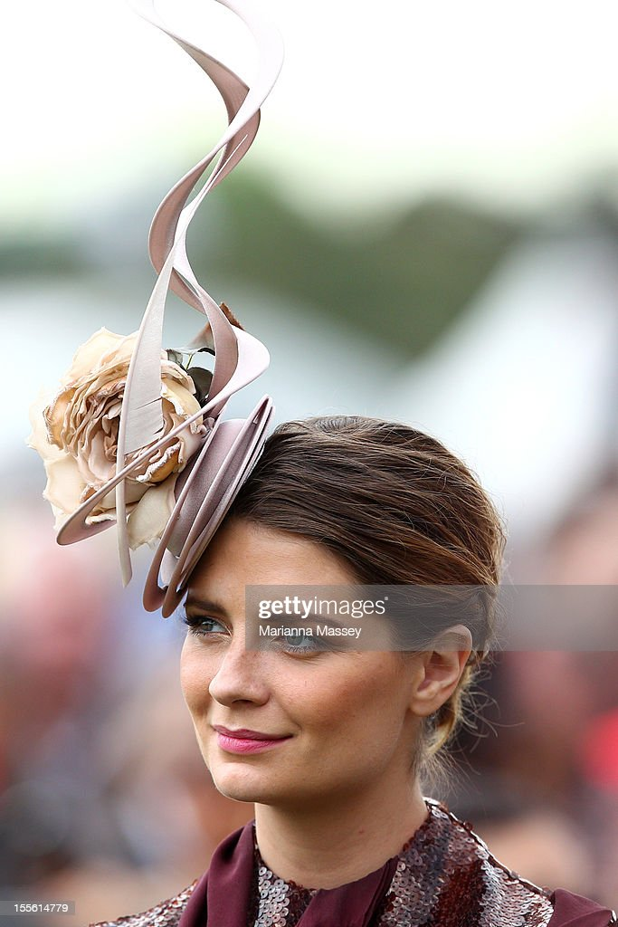 Actress Mischa Barton watches the Melbourne Cup presentation on Melbourne Cup Day at Flemington Racecourse on November 6, 2012 in Melbourne, Australia.