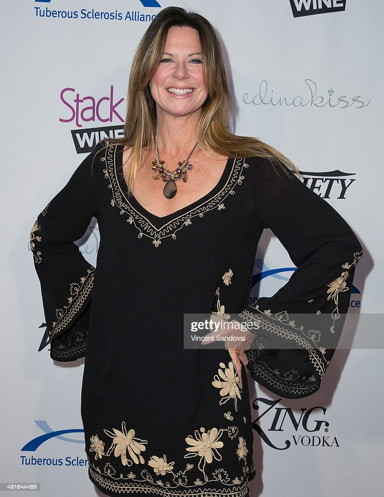 Actress Mo Collins attends the Tuberous Sclerosis Alliance's Comedy For A Cure benefit at Lure on March 30, 2014 in Hollywood, California.