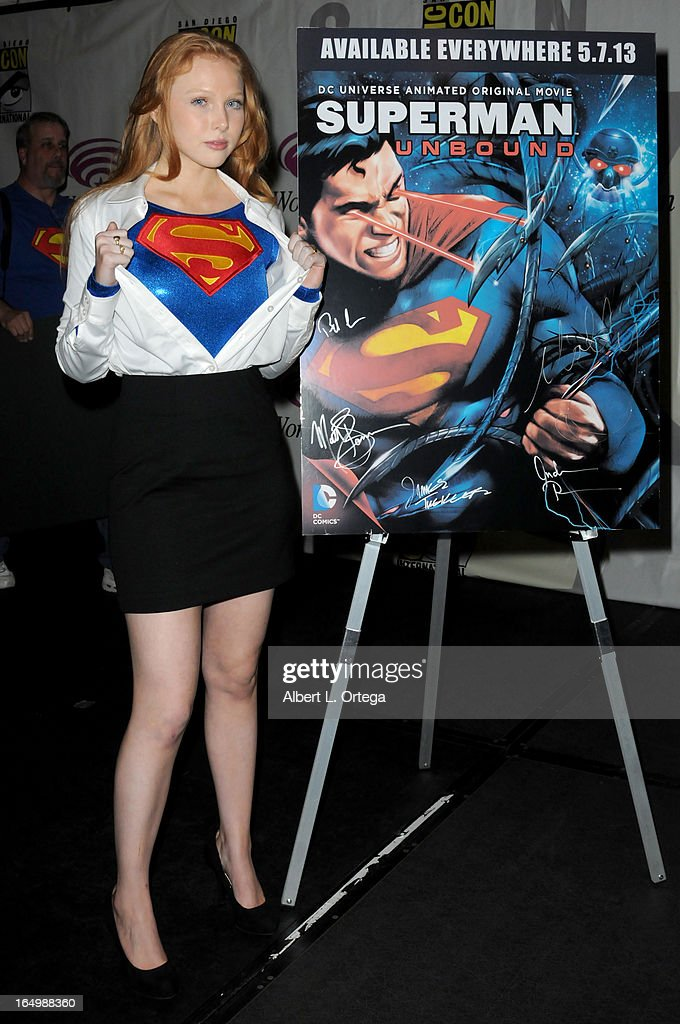 Actress <a gi-track='captionPersonalityLinkClicked' href=/galleries/search?phrase=Molly+Quinn&family=editorial&specificpeople=5744896 ng-click='$event.stopPropagation()'>Molly Quinn</a> participates in the 'Superman: Unbound' panel at WonderCon Anaheim 2013 - Day 1 at Anaheim Convention Center on March 29, 2013 in Anaheim, California.