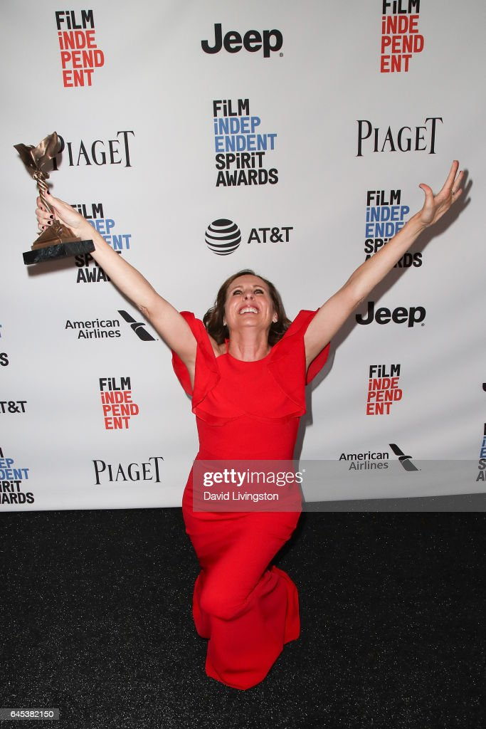Actress Molly Shannon, winner of the Best Supporting Female award for 'Other People,' poses in the press room during the 2017 Film Independent Spirit Awards on February 25, 2017 in Santa Monica, California.