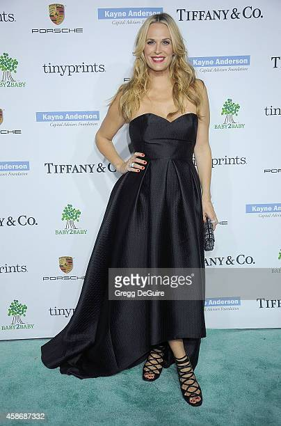 Actress Molly Sims arrives at the 2014 Baby2Baby Gala presented by Tiffany Co honoring Kate Hudson at The Book Bindery on November 8 2014 in Culver...