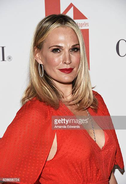Actress Molly Sims arrives at The Helping Hand of Los Angeles' 87th Anniversary Mother's Day Luncheon and Fashion Show at the Beverly Wilshire Four...