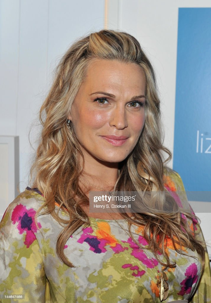 Actress Molly Sims attends Liz Lange for Target 10th Anniversary Party at The Glasshouses on May 16, 2012 in New York City.