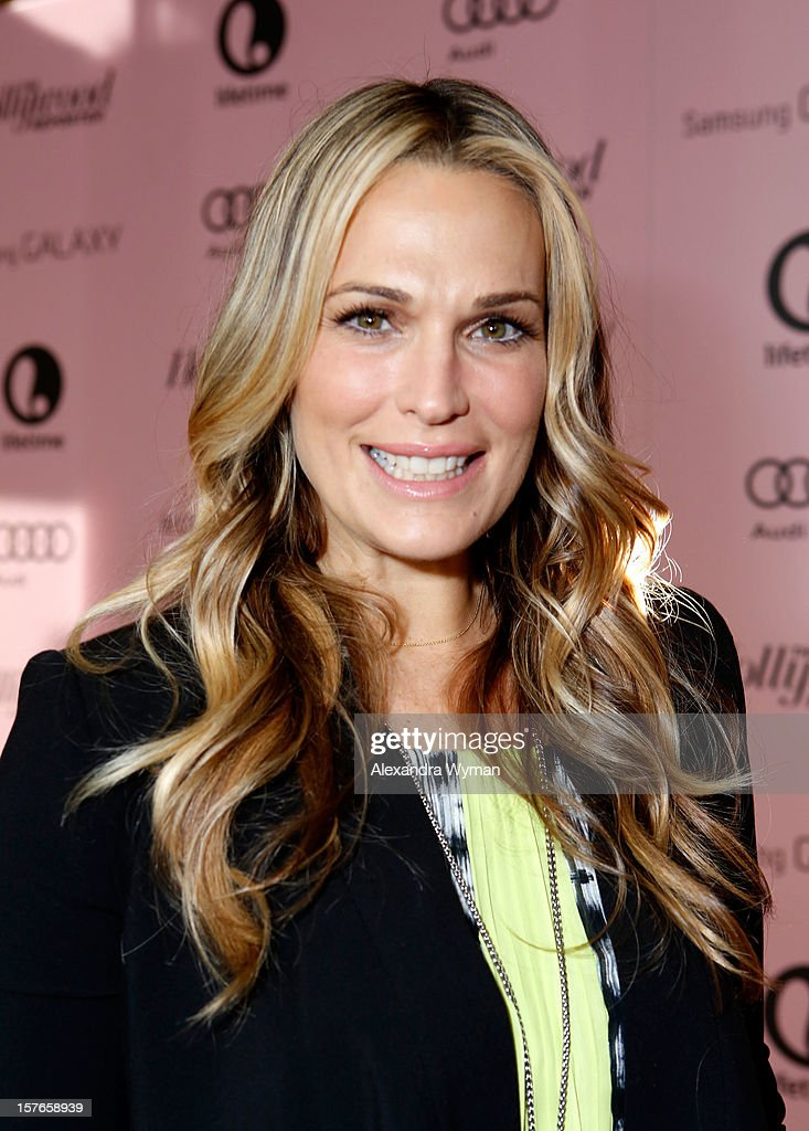 Actress Molly Sims attends The Hollywood Reporter's 'Power 100: Women In Entertainment' Breakfast at the Beverly Hills Hotel on December 5, 2012 in Beverly Hills, California.