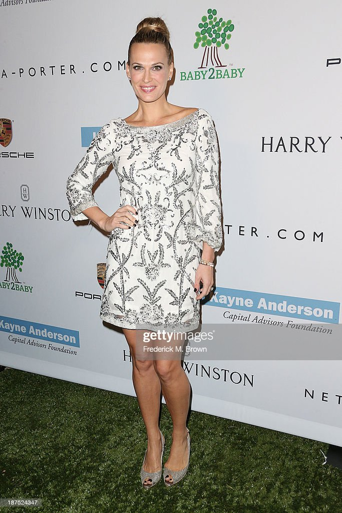 Actress <a gi-track='captionPersonalityLinkClicked' href=/galleries/search?phrase=Molly+Sims&family=editorial&specificpeople=202547 ng-click='$event.stopPropagation()'>Molly Sims</a> attends the Second Annual Baby2Baby Gala at the Book Bindery on November 9, 2013 in Culver City, California.