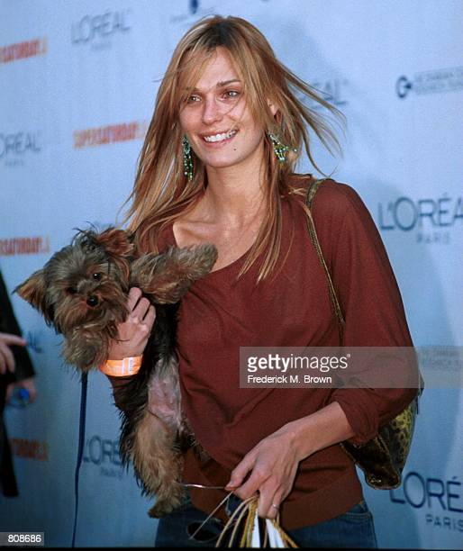 Actress Molly Sims from the show the House of Style arrives at the 'Super Saturday LA' designer garage sale to benefit the Ovarian Cancer Research...