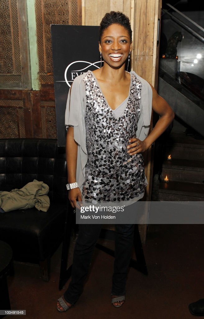 Actress Montego Glover attends Everlon Diamond Knot Strength Of Love Dinner For Cast of Broadway's Memphis at Double Crown Restaurant on May 24, 2010 in New York City.