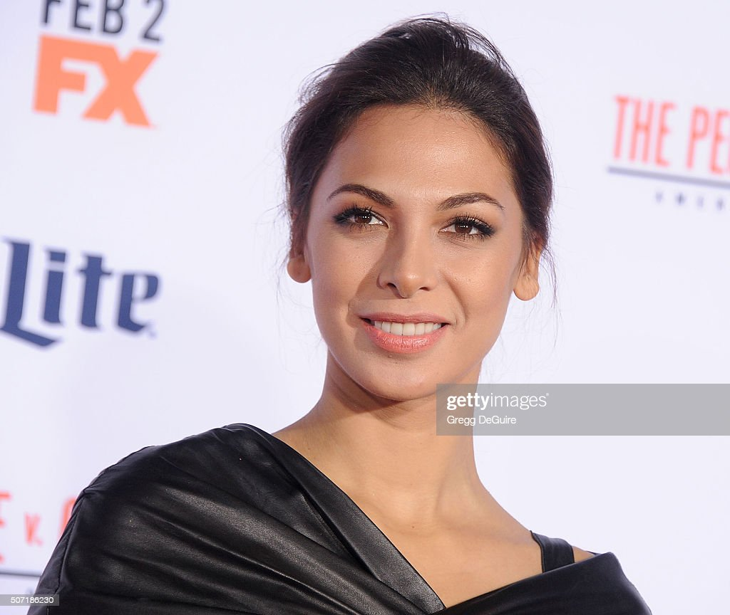 Actress <a gi-track='captionPersonalityLinkClicked' href=/galleries/search?phrase=Moran+Atias&family=editorial&specificpeople=3964520 ng-click='$event.stopPropagation()'>Moran Atias</a> arrives at the premiere of 'FX's 'American Crime Story - The People V. O.J. Simpson' at Westwood Village Theatre on January 27, 2016 in Westwood, California.