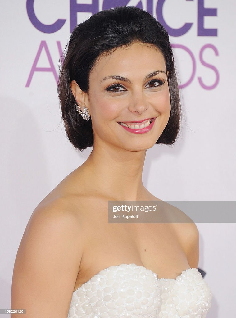 Actress Morena Baccarin arrives at the 2013 People's Choice Awards at Nokia Theatre L.A. Live on January 9, 2013 in Los Angeles, California.