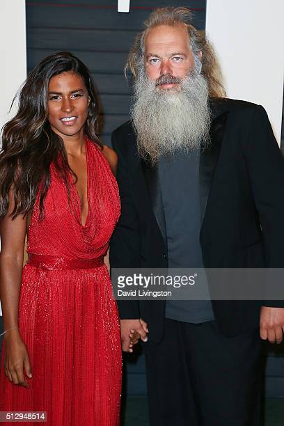 Actress Mourielle Herrera and music producer Rick Rubin arrive at the 2016 Vanity Fair Oscar Party Hosted by Graydon Carter at the Wallis Annenberg...