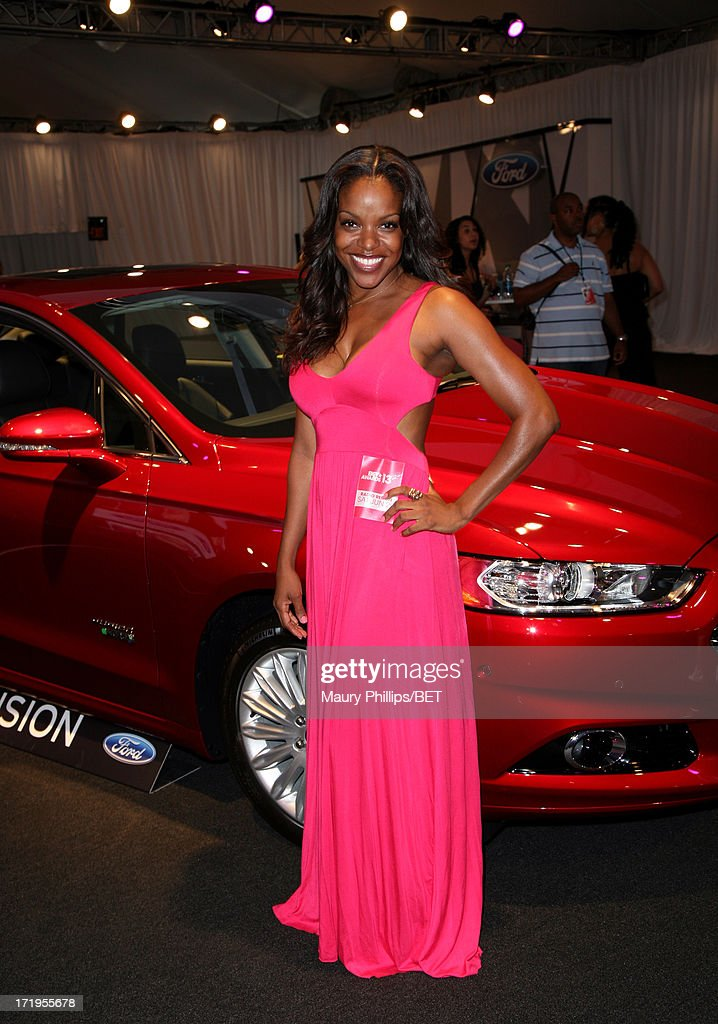 Actress Nadine Ellis attends Hot Spot Room Day 2 during the 2013 BET Awards at L.A. LIVE on June 29, 2013 in Los Angeles, California.