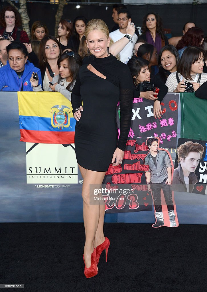 Actress Nancy O'Dell arrives at the premiere of Summit Entertainment's 'The Twilight Saga: Breaking Dawn - Part 2' at Nokia Theatre L.A. Live on November 12, 2012 in Los Angeles, California.