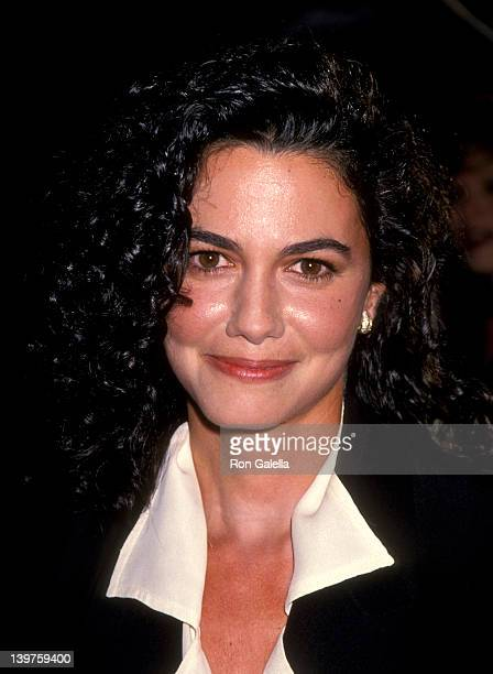 Actress Nancy Valen attends the premiere of 'The River Wild' on September 24 1995 at Mann Chinese Theater in Hollywood California