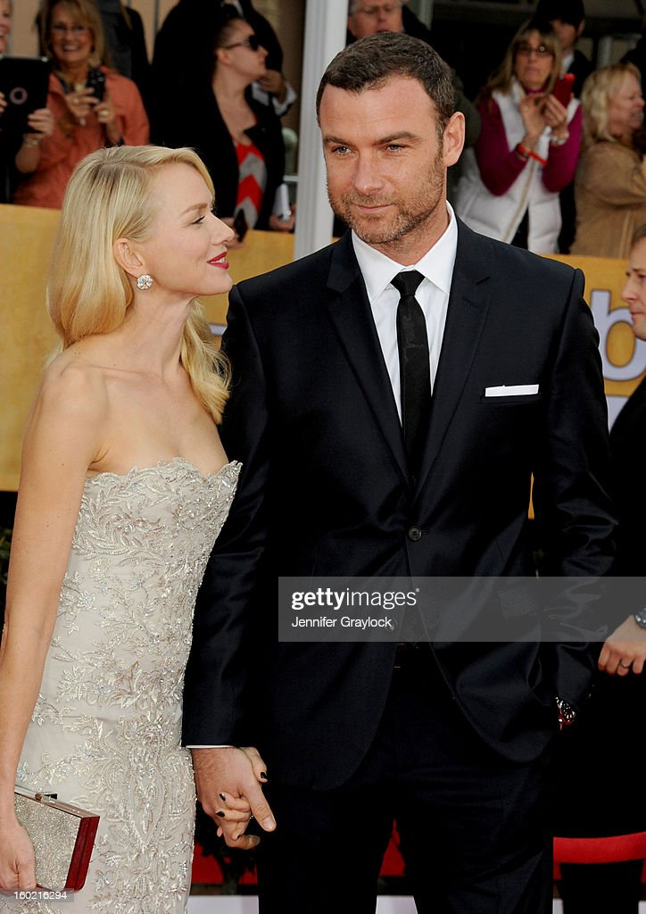 Actress Naomi Watts and her husband, actor Liev Schreiber arrive at the 19th Annual Screen Actors Guild Awards held at The Shrine Auditorium on January 27, 2013 in Los Angeles, California.