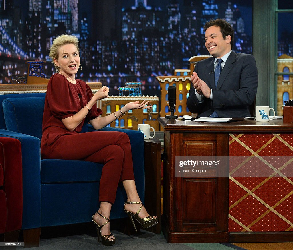 Actress Naomi Watts and host Jimmy Fallon visit 'Late Night With Jimmy Fallon' at Rockefeller Center on December 12, 2012 in New York City.