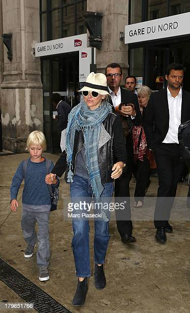 Actress Naomi Watts and son arrive at 'Gare du Nord' station on September 6 2013 in Paris France