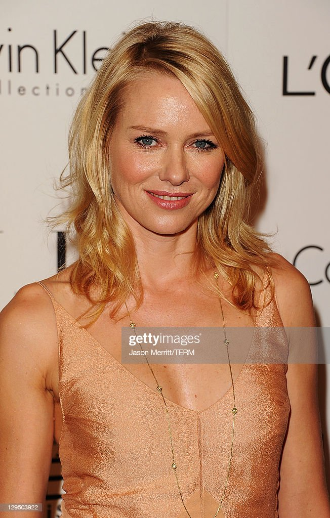 Actress <a gi-track='captionPersonalityLinkClicked' href=/galleries/search?phrase=Naomi+Watts&family=editorial&specificpeople=171723 ng-click='$event.stopPropagation()'>Naomi Watts</a> arrives at ELLE's 18th Annual Women in Hollywood Tribute held at the Four Seasons Hotel on October 17, 2011 in Los Angeles, California.