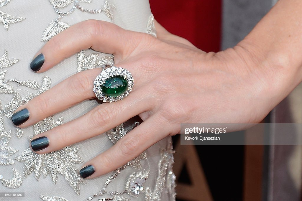 Actress Naomi Watts (jewelry detail) arrives at the 19th Annual Screen Actors Guild Awards held at The Shrine Auditorium on January 27, 2013 in Los Angeles, California.