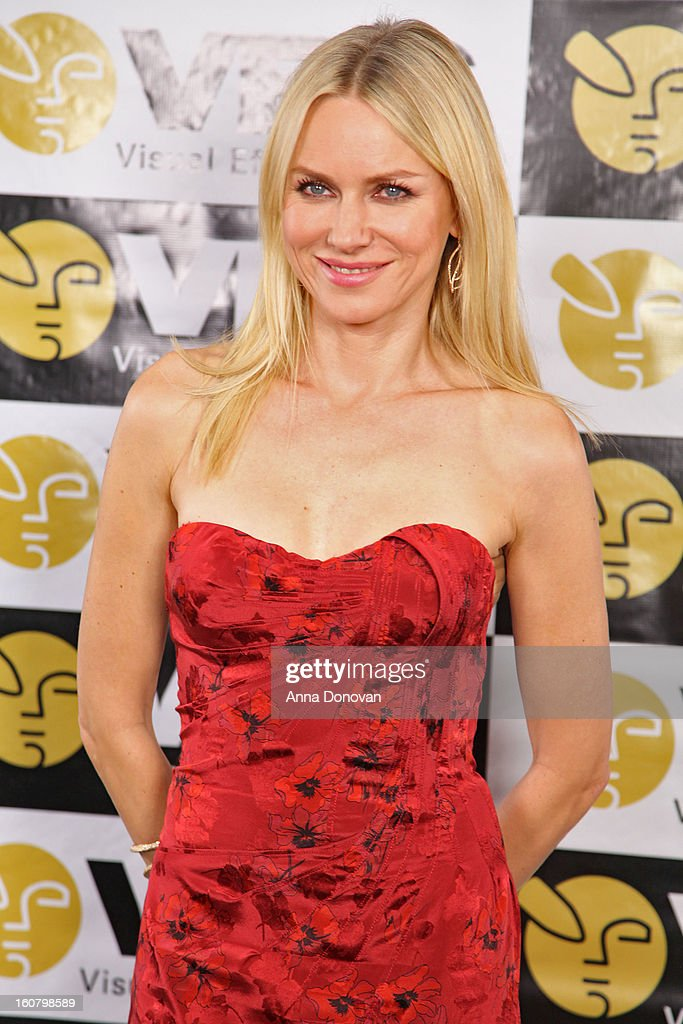 Actress <a gi-track='captionPersonalityLinkClicked' href=/galleries/search?phrase=Naomi+Watts&family=editorial&specificpeople=171723 ng-click='$event.stopPropagation()'>Naomi Watts</a> attends the 11th Annual Visual Effects Society Awards at The Beverly Hilton Hotel on February 5, 2013 in Beverly Hills, California.