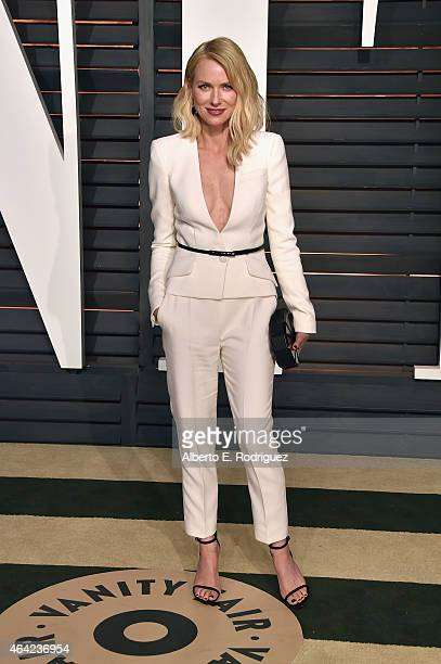 Actress Naomi Watts attends the 2015 Vanity Fair Oscar Party hosted by Graydon Carter at Wallis Annenberg Center for the Performing Arts on February...