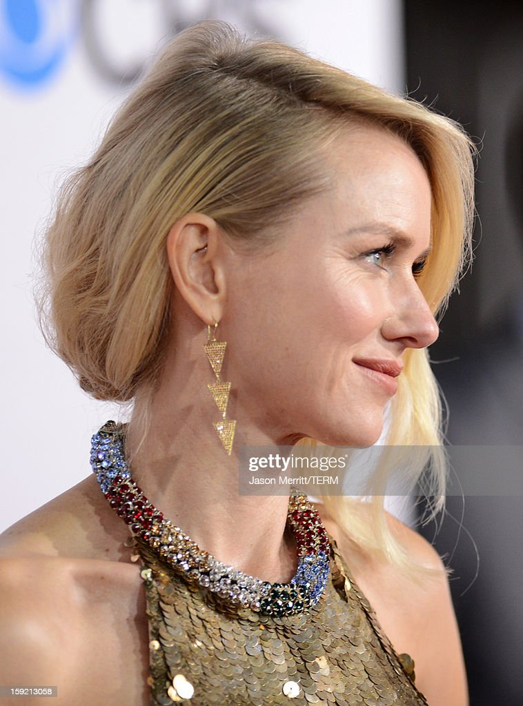 Actress Naomi Watts (handbag detail) attends the 39th Annual People's Choice Awards at Nokia Theatre L.A. Live on January 9, 2013 in Los Angeles, California.