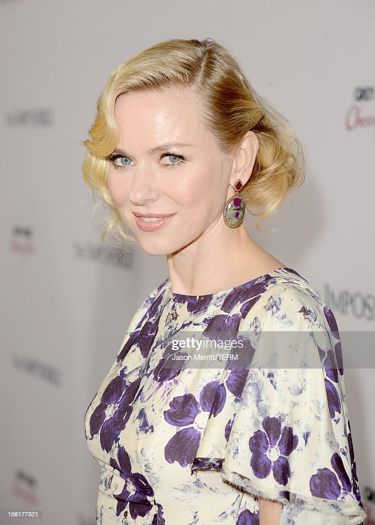 Actress Naomi Watts attends the Los Angeles premiere of Summit Entertainment's 'The Impossible' at ArcLight Cinemas Cinerama Dome on December 10, 2012 in Hollywood, California.