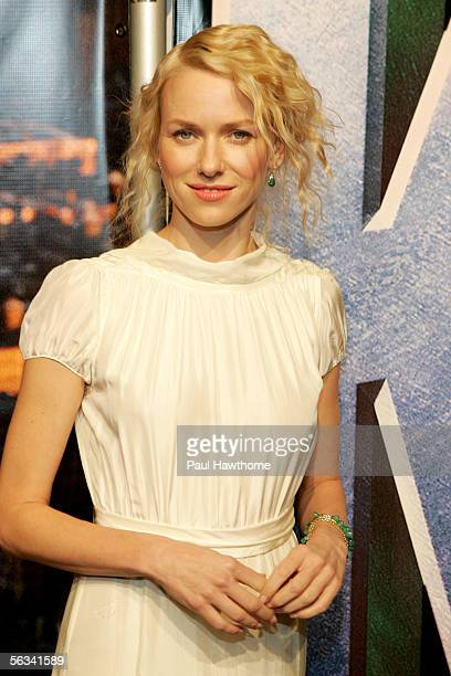 Actress Naomi Watts attends the Universal Pictures' premiere of 'King Kong' at the Loews Times Square theatre December 5 2005 in New York City