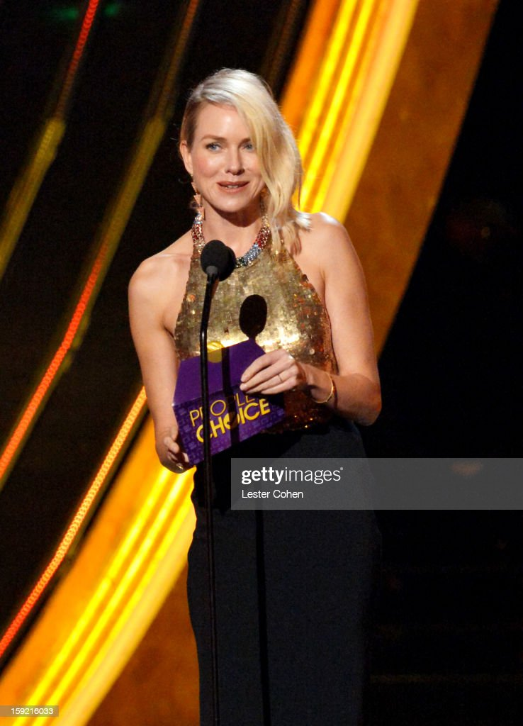 Actress <a gi-track='captionPersonalityLinkClicked' href=/galleries/search?phrase=Naomi+Watts&family=editorial&specificpeople=171723 ng-click='$event.stopPropagation()'>Naomi Watts</a> onstage during the 2013 People's Choice Awards at Nokia Theatre L.A. Live on January 9, 2013 in Los Angeles, California.