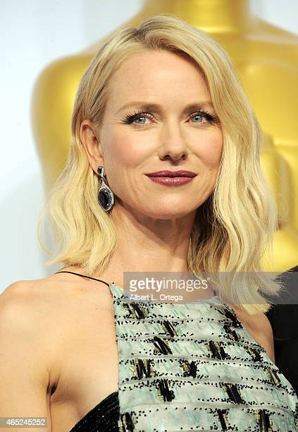 Actress Naomi Watts poses inside the press room of the 87th Annual Academy Awards held at Loews Hollywood Hotel on February 22 2015 in Hollywood...