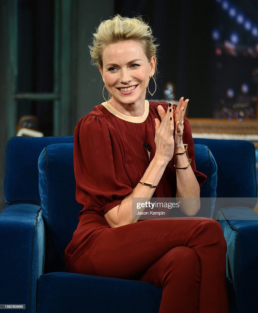 Actress <a gi-track='captionPersonalityLinkClicked' href=/galleries/search?phrase=Naomi+Watts&family=editorial&specificpeople=171723 ng-click='$event.stopPropagation()'>Naomi Watts</a> visits 'Late Night With Jimmy Fallon' at Rockefeller Center on December 12, 2012 in New York City.