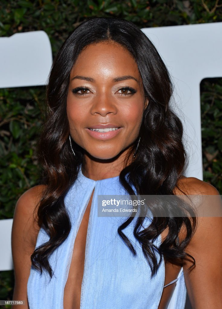 Actress <a gi-track='captionPersonalityLinkClicked' href=/galleries/search?phrase=Naomie+Harris&family=editorial&specificpeople=238918 ng-click='$event.stopPropagation()'>Naomie Harris</a> arrives at the Los Angeles premiere of 'Mandela: Long Walk To Freedom' at ArcLight Cinemas Cinerama Dome on November 11, 2013 in Hollywood, California.