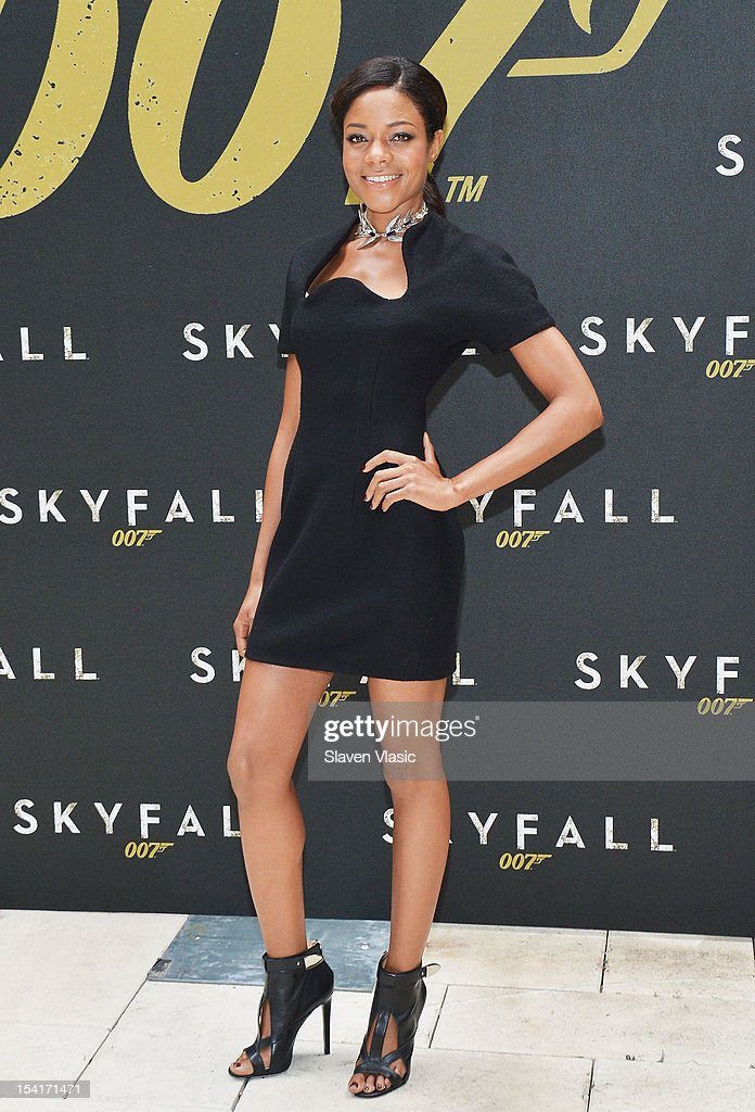 Actress <a gi-track='captionPersonalityLinkClicked' href=/galleries/search?phrase=Naomie+Harris&family=editorial&specificpeople=238918 ng-click='$event.stopPropagation()'>Naomie Harris</a> attends 'Skyfall' Cast Photo Call at Crosby Street Hotel on October 15, 2012 in New York City.