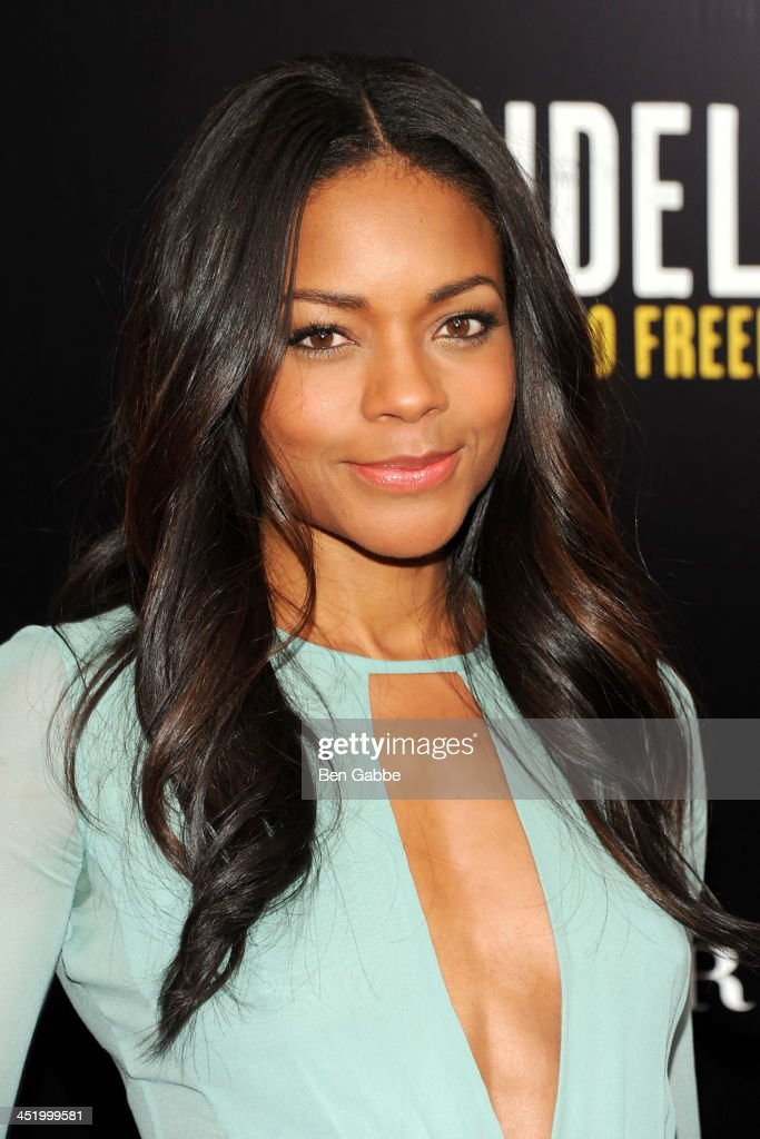 Actress <a gi-track='captionPersonalityLinkClicked' href=/galleries/search?phrase=Naomie+Harris&family=editorial&specificpeople=238918 ng-click='$event.stopPropagation()'>Naomie Harris</a> attends the screening of 'Mandela: Long Walk to Freedom', hosted by U2, Anna Wintour and Bob & Harvey Weinstein, with Burberry at the Ziegfeld Theater on November 25, 2013 in New York City.
