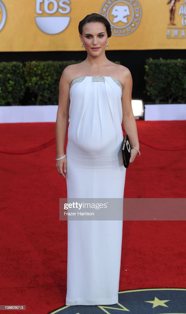 Actress <a gi-track='captionPersonalityLinkClicked' href=/galleries/search?phrase=Natalie+Portman&family=editorial&specificpeople=202035 ng-click='$event.stopPropagation()'>Natalie Portman</a> arrives at the 17th Annual Screen Actors Guild Awards held at The Shrine Auditorium on January 30, 2011 in Los Angeles, California.