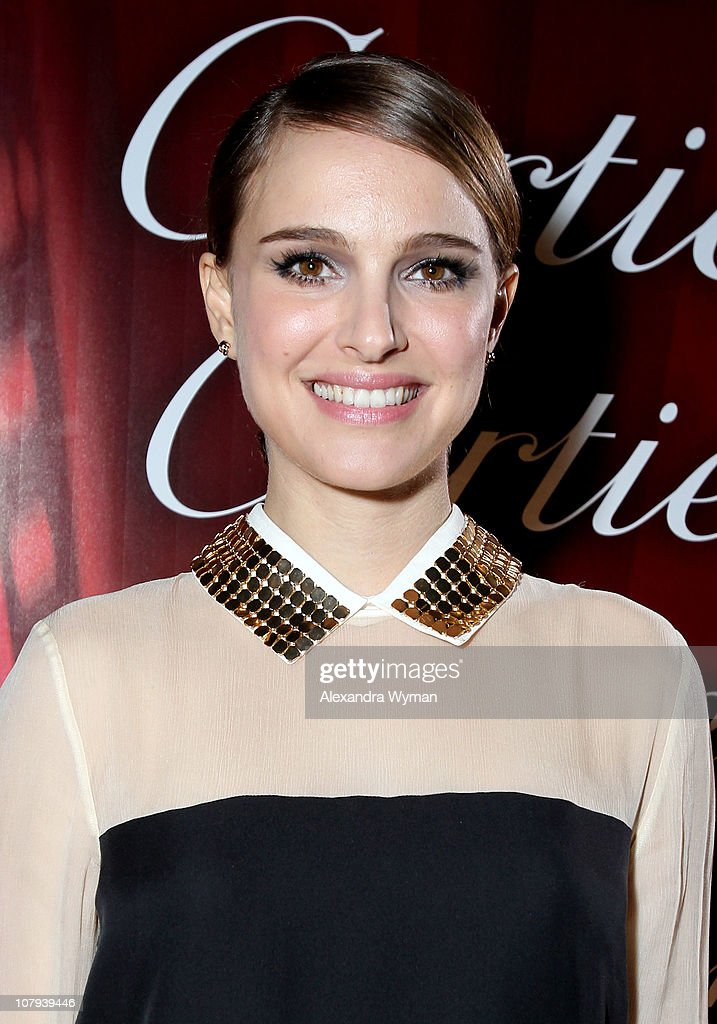 Actress <a gi-track='captionPersonalityLinkClicked' href=/galleries/search?phrase=Natalie+Portman&family=editorial&specificpeople=202035 ng-click='$event.stopPropagation()'>Natalie Portman</a> arrives at the 22nd Annual Palm Springs International Film Festival Awards Gala at the Palm Springs Convention Center on January 8, 2011 in Palm Springs, California.