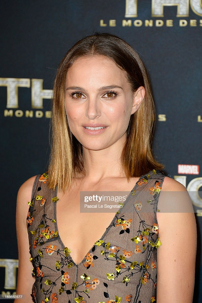 Actress <a gi-track='captionPersonalityLinkClicked' href=/galleries/search?phrase=Natalie+Portman&family=editorial&specificpeople=202035 ng-click='$event.stopPropagation()'>Natalie Portman</a> attends 'Thor: The Dark World' Premiere at Le Grand Rex on October 23, 2013 in Paris, France.