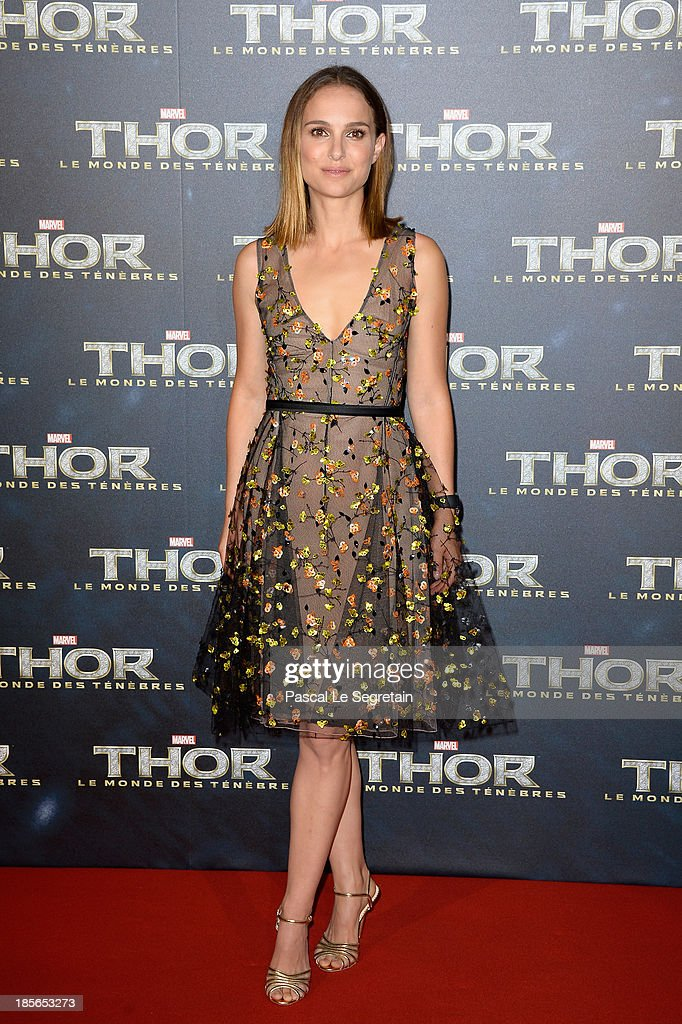 Actress Natalie Portman attends 'Thor: The Dark World' Premiere at Le Grand Rex on October 23, 2013 in Paris, France.