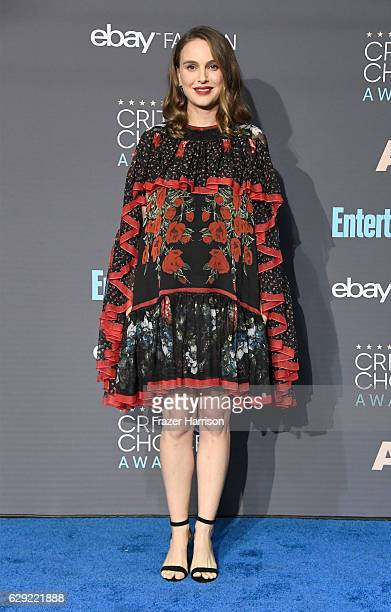 Actress Natalie Portman winner of Best Actress for 'Jackie' poses in the press room during The 22nd Annual Critics' Choice Awards at Barker Hangar on...
