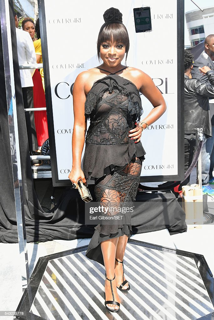 Actress <a gi-track='captionPersonalityLinkClicked' href=/galleries/search?phrase=Naturi+Naughton&family=editorial&specificpeople=2559512 ng-click='$event.stopPropagation()'>Naturi Naughton</a> attends the Cover Girl glam stage during the 2016 BET Awards at the Microsoft Theater on June 26, 2016 in Los Angeles, California.