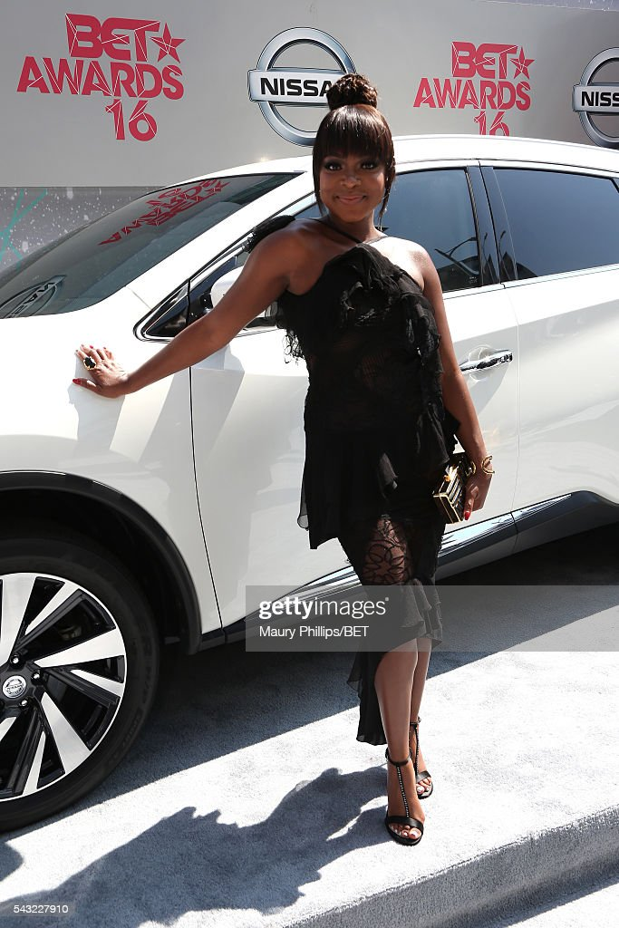 Actress <a gi-track='captionPersonalityLinkClicked' href=/galleries/search?phrase=Naturi+Naughton&family=editorial&specificpeople=2559512 ng-click='$event.stopPropagation()'>Naturi Naughton</a> attends the Nissan red carpet during the 2016 BET Awards at the Microsoft Theater on June 26, 2016 in Los Angeles, California.