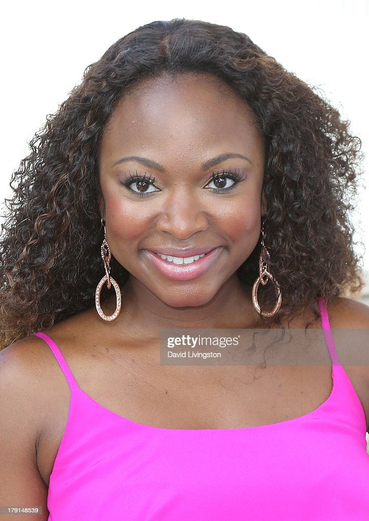Actress <a gi-track='captionPersonalityLinkClicked' href=/galleries/search?phrase=Naturi+Naughton&family=editorial&specificpeople=2559512 ng-click='$event.stopPropagation()'>Naturi Naughton</a> attends the Reed for Hope Foundation's 11th Annual 'Sunshine Beyond Summer' celebration at a private residence on August 31, 2013 in Westlake Village, California.