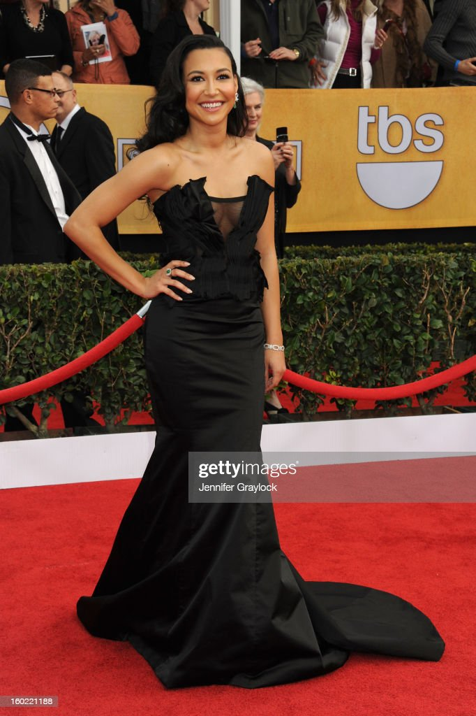 Actress <a gi-track='captionPersonalityLinkClicked' href=/galleries/search?phrase=Naya+Rivera&family=editorial&specificpeople=5745696 ng-click='$event.stopPropagation()'>Naya Rivera</a> arrives at the 19th Annual Screen Actors Guild Awards held at The Shrine Auditorium on January 27, 2013 in Los Angeles, California.