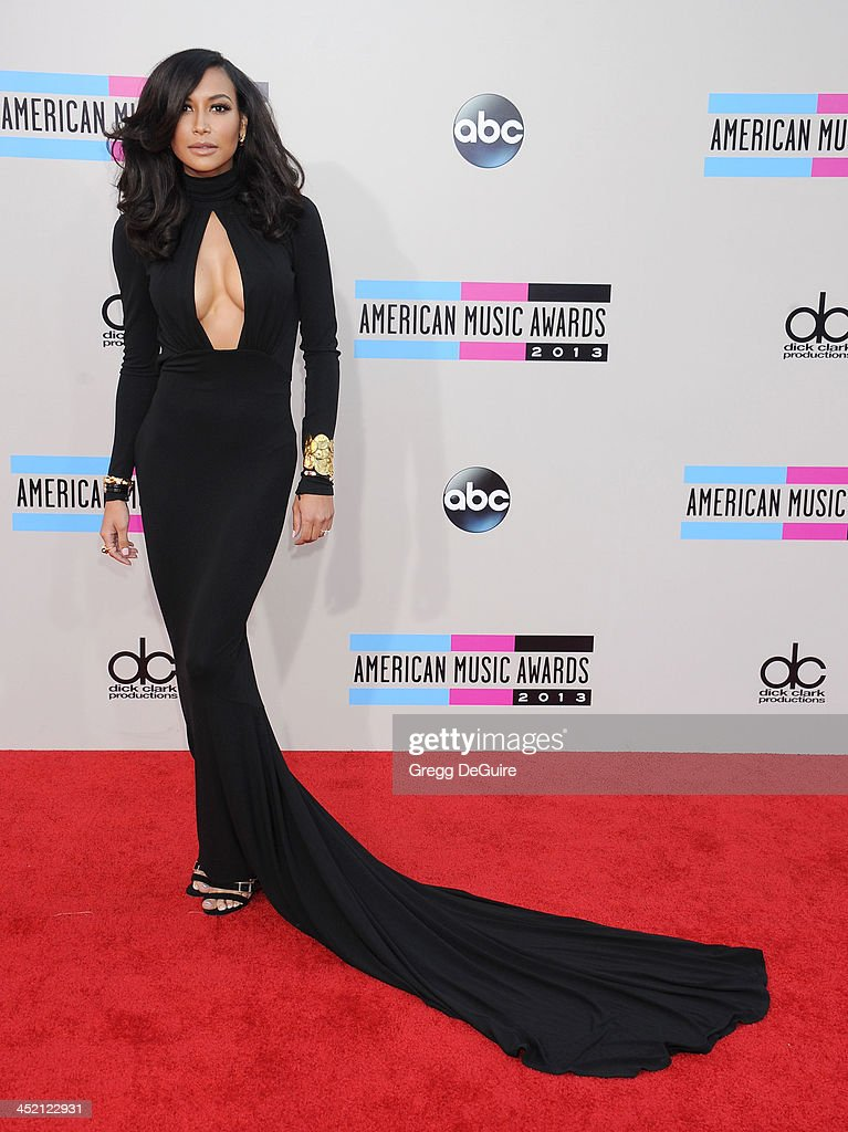 Actress <a gi-track='captionPersonalityLinkClicked' href=/galleries/search?phrase=Naya+Rivera&family=editorial&specificpeople=5745696 ng-click='$event.stopPropagation()'>Naya Rivera</a> arrives at the 2013 American Music Awards at Nokia Theatre L.A. Live on November 24, 2013 in Los Angeles, California.
