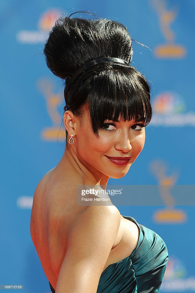 Actress <a gi-track='captionPersonalityLinkClicked' href=/galleries/search?phrase=Naya+Rivera&family=editorial&specificpeople=5745696 ng-click='$event.stopPropagation()'>Naya Rivera</a> arrives at the 62nd Annual Primetime Emmy Awards held at the Nokia Theatre L.A. Live on August 29, 2010 in Los Angeles, California.