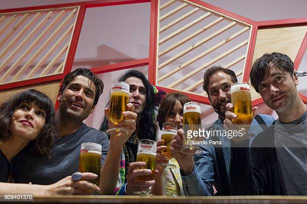 Actress Nerea Barros actor Alex Garcia actor Mario Vaquerizo actress Ana Morgade and actor Javier Rey attend a pint pulling masterclass at La Latina...