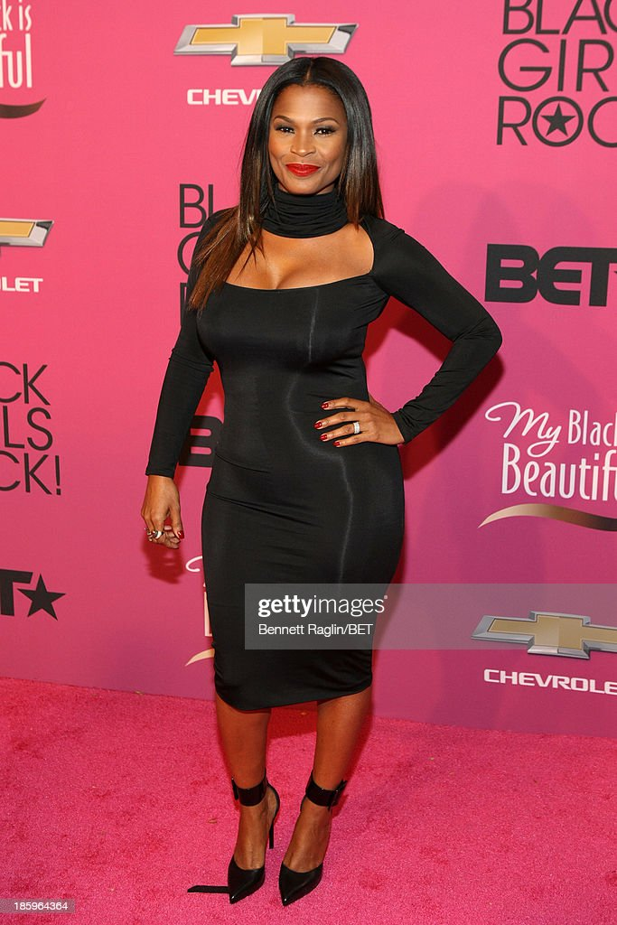 Actress Nia Long attends BET Black Girls Rock Red Carpet at New Jersey Performing Arts Center on October 26, 2013 in Newark, New Jersey.