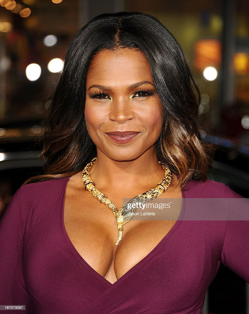 Actress Nia Long attends the premiere of 'The Best Man Holiday' at TCL Chinese Theatre on November 5, 2013 in Hollywood, California.